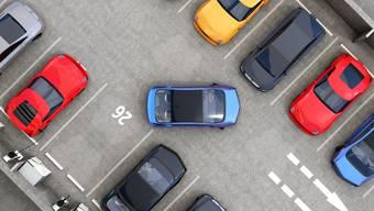 Der Bezirksrat hat der Stadt Winterthur eine rechtsverbindliche Frist auferlegt, in welcher eine neue Parkplatzverordnung ausgearbeitet werden muss. (Symbolbild)