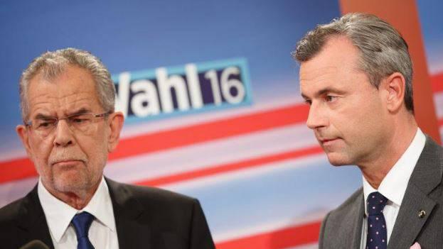 Schon wieder muss die Wahl des österreichischen Bundespräsidenten verschoben werden. Im Bild: Der unabhängige Kandidat Alexander Van der Bellen (links) und FPÖ-Kandidat Norbert Hofer.