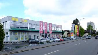 Im Gewerbehaus Doppelpunkt im Reinacher Unterdorf plant die Discountfit Company AG auf 900 Quadratmetern ein Fitnesscenter.