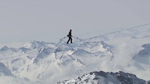 Neuer Rekordversuch von Extremsportler Freddy Nock