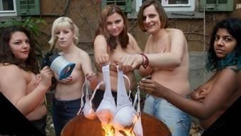 Die Junge SVP nervt sich über das Bild der Juso-Frauen: «So etwas haben wir nicht nötig.»