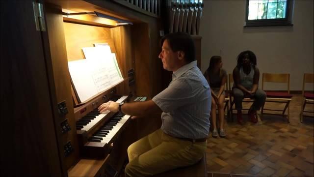 """Südamerikanische Orgelmusik? Das funktioniert tatsächlich, wie bei """"El Condor Pasa"""" zu hören ist"""