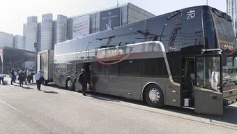 Auf den Domo-Fernbussen wird auch das Halbtax und das GA gültig sein. (Archivbild)