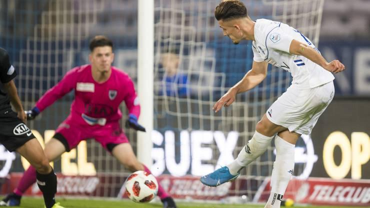 Andi Zeqiri (r.) schoss heute gleich zwei Tore für Lausanne.