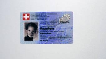 Identitätskarten ohne biometrische Daten sind ein Bedürfnis.