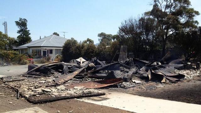 Ein vom Feuer zerstörtes Haus in Dunalley