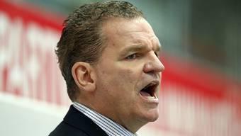Die Kloten Flyers und ihr Trainer Sean Simpson feierten gegen die SCL Tigers ihren ersten Saisonsieg
