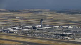 In Istanbul hat der grosse Umzug des Flughafens innerhalb der Metropole begonnen - und dauert das ganze Wochenende. (Archivbild)