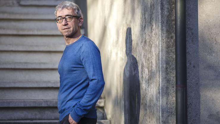 Bis heute verspüre er den Drang, dass er in der Schweiz etwas bewirken müsse, sagt der Schriftsteller Franco Supino.