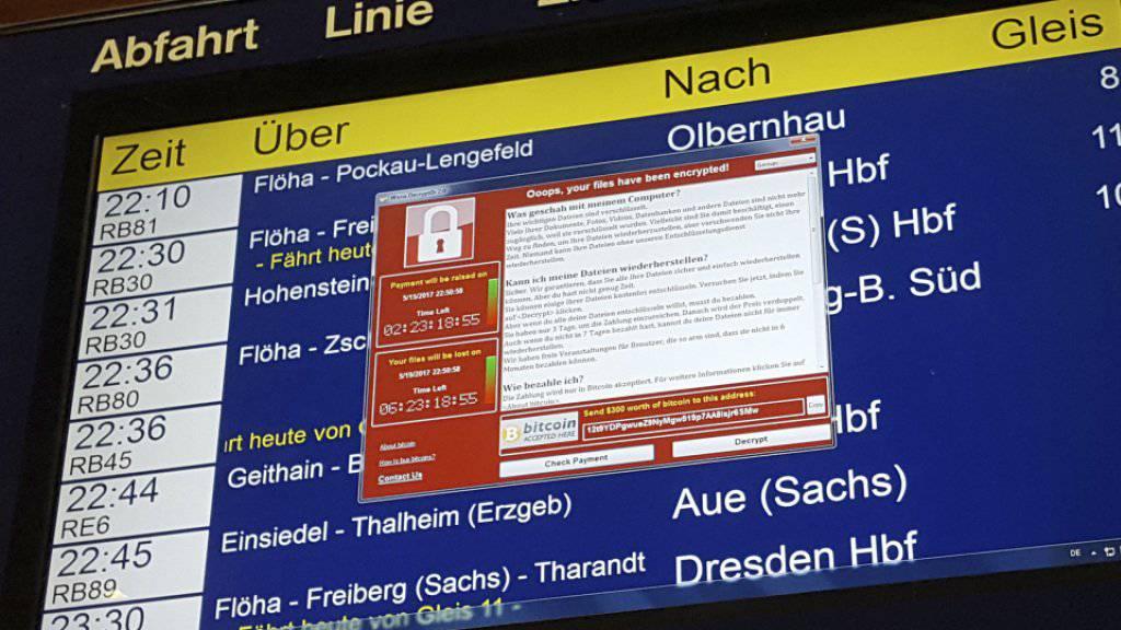Auch vom internationalen Hackerangriff betroffen war die Deutsche Bahn, hier eine Anzeigetafel in Chemnitz. In der Schweiz ist von ähnlichen Fällen noch nichts bekannt.