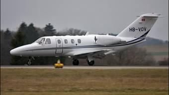 Dieses Flugzeug konnte 2011 nach Verlassen des Pisten-Ende nur knapp abheben.