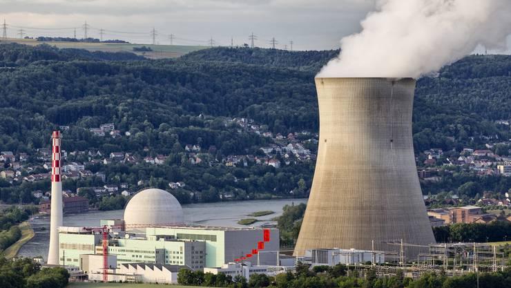 Das Kernkraftwerk Leibstadt bleibt bis voraussichtlich Februar 2017 vom Netz. (Archivbild)