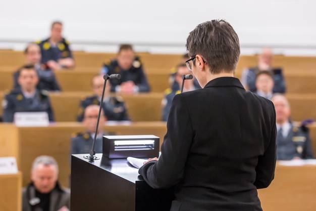 Franzsika Roth bei ihrer ersten Ansprache als Militärdirektorin des Kantons Aargau