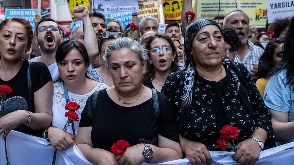 Staatsanwaltschaft erlässt nach Freispruch Haftbefehl gegen Kavala