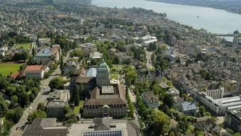Luftaufnahme der Universität Zürich, Hochschulquartier, Zürichsee, Stadt Zürich