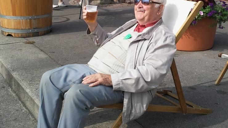 Unser Max mit 90, dank 70 Jahren Gesang