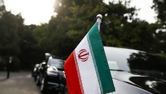 Der Iran will das Atomabkommen retten. Dafür hat Aussenminister Mohammed Dschawad Sarif eine Reise zu den verbliebenen Vertragspartnern begonnen, erste Station Peking.