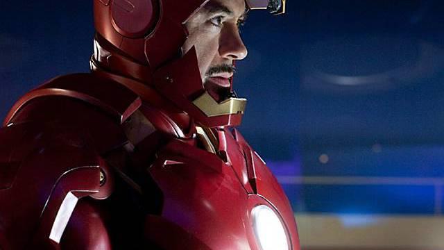 Robert Downey jr. ist erneut ins Iron Man Outfit geschlüpft