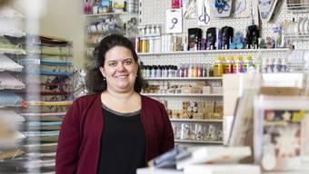 Rund 6500 Artikel führt Heidi Hochuli in ihrem Geschäft in Umiken.