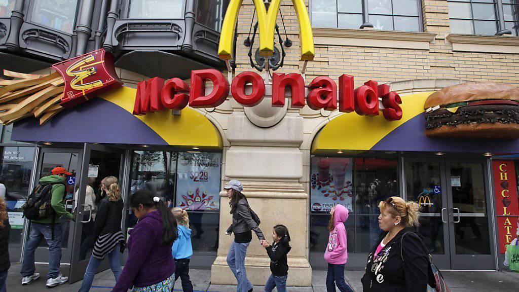 Ein McDonald's-Restaurant hat aus Sicht des Bürgermeisters von Florenz nichts zu suchen am berühmten Domplatz der Stadt in der Toskana. Der US-Konzern reagiert mit einer Millionenklage. (Symbolbild)