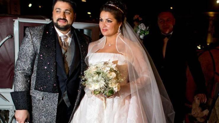 Anna Netrebko und ihr Mann Yusif Eyvazov - hier 2015 auf ihrer Hochzeit - werden nächstes Jahr gemeinsam in der Arena von Verona auftreten. Das Engagement steht in Zusammenhang mit dem Versuch, das beschädigte Image der Arena zu verbessern.