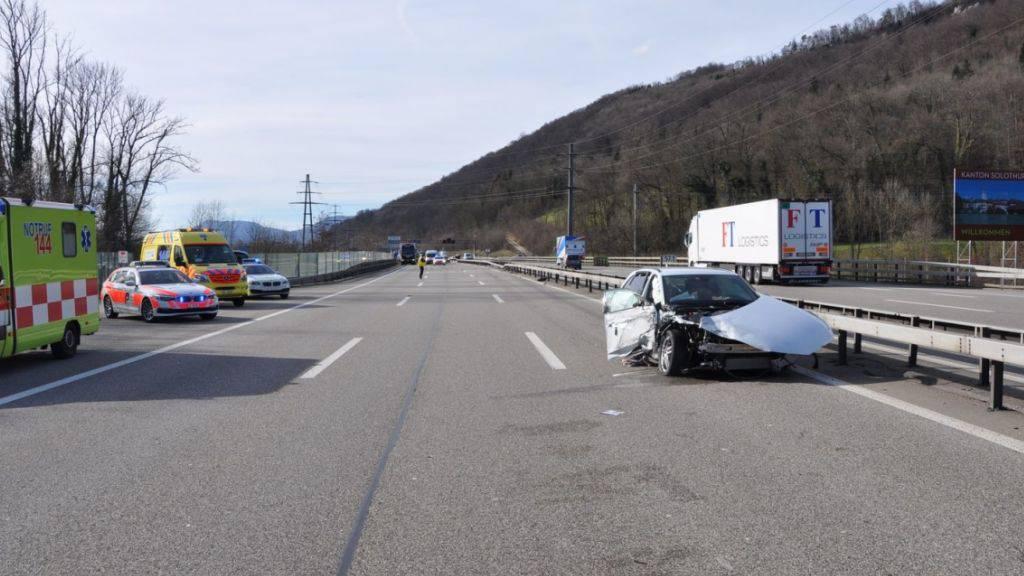 Chauffeuse bringt ausser Kontrolle geratenen Car zum Stillstand