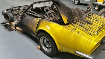 Corvette fängt Feuer in Neuenhofer Tiefgarage