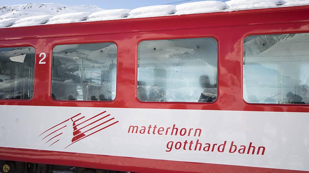 Kollision von zwei Zügen im Wallis fordert elf Verletzte