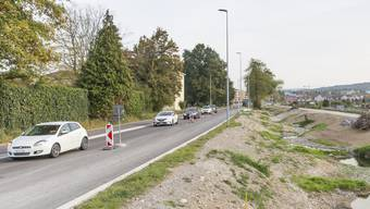 Die Bauarbeiten an der Birmensdorferstrasse in Urdorf dauern länger als ursprünglich geplant.