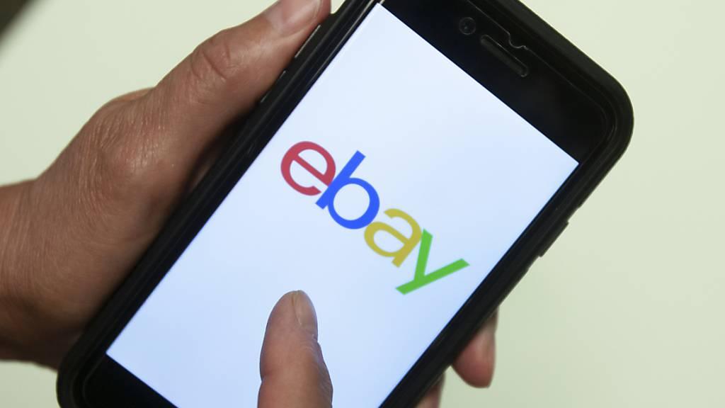 Auch die Handelsplattform Ebay erwägt die Einführung von Bitcoin-Zahlungen. (Archivbild)