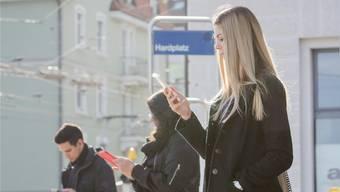 Alles auf einen Blick: Eine neue App der VBZ soll eine Übersicht über verschiedene Verkehrsmittel geben. (Symbolbild)
