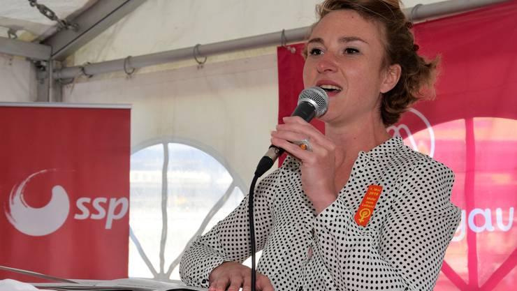 1.-Mai-Feier auf dem Neumarktplatz in Brugg; Irène Kälin, Nationalrätin Grüne und Präsidentin ArbeitAargau.