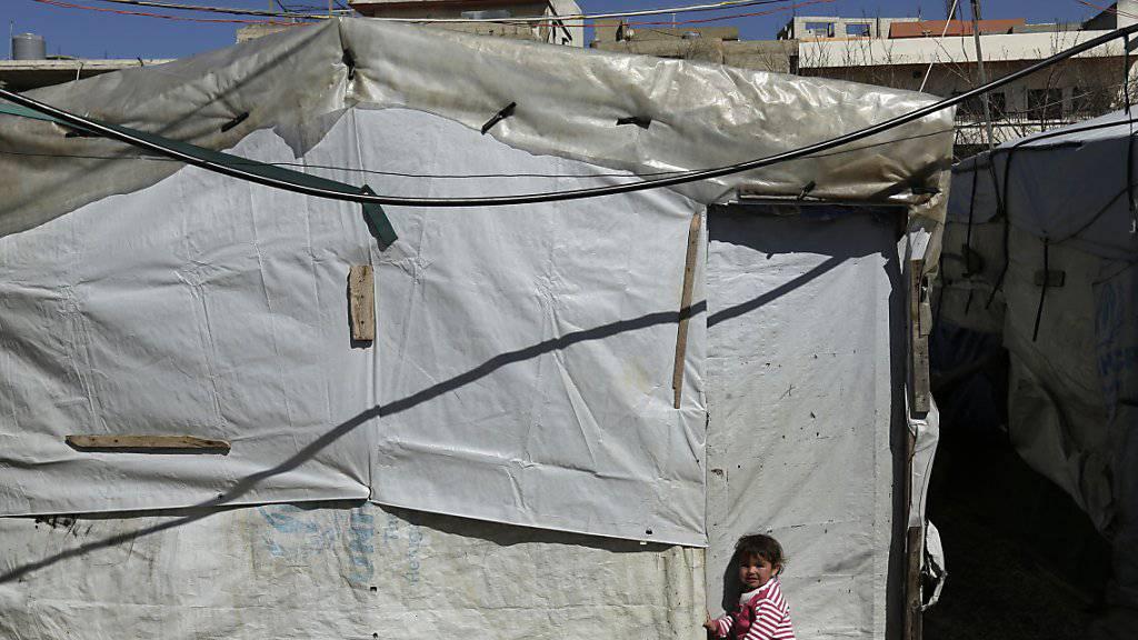 Schweiz nimmt weiterhin Flüchtlingsgruppen aus Krisengebieten auf