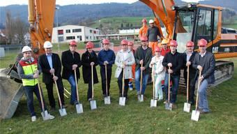 Spatenstich für die neue Sporthalle in Matzendorf