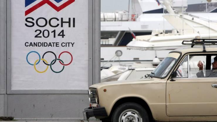 «Dass Geld alleine nichts bringt, zeigt Russland. Dem russischen Team wurde rund um die Olympischen Spiele 2014 in Sotschi staatlich verordnetes Doping nachgewiesen. Das beweist: Selbst eine der grössten Nationen, die für Sportförderung fast unendlich viel Geld zur Verfügung hat, glaubte nicht daran, mit Geld den Erfolg kaufen zu können.» (Archivbild)