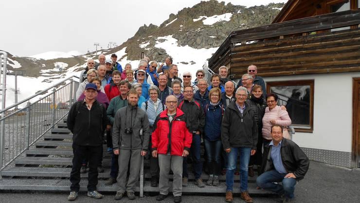 Reisegruppe Männerchor Benzenschwil  Karlesjochspitze auf 3108 MüM.