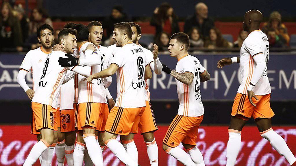 Der FC Valencia schoss gegen Osasuna zwar drei Tore, muss aber weiterhin auf den ersten Sieg seit Mitte Oktober warten