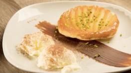 Mango-Tarte-Tatin mit Joghurtglace