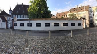 Entwendete Plakate der röm. Katholischen Kirche in Basel