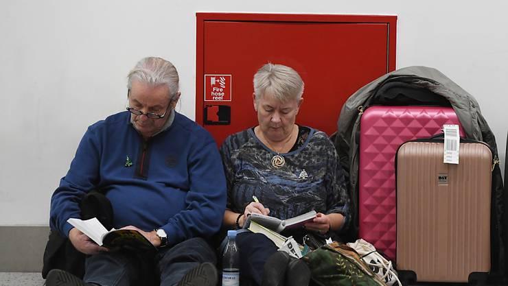 Zeitvertreib, bis endlich der Flugbetrieb in Gatwick wieder läuft.