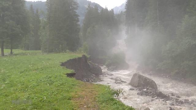 Gletschersee Faverges: Evakuierung an der Lenk aufgehoben