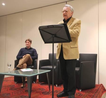 Prof. Alois Riklin und Sprecher von Literaturstellen Simon Engeli,