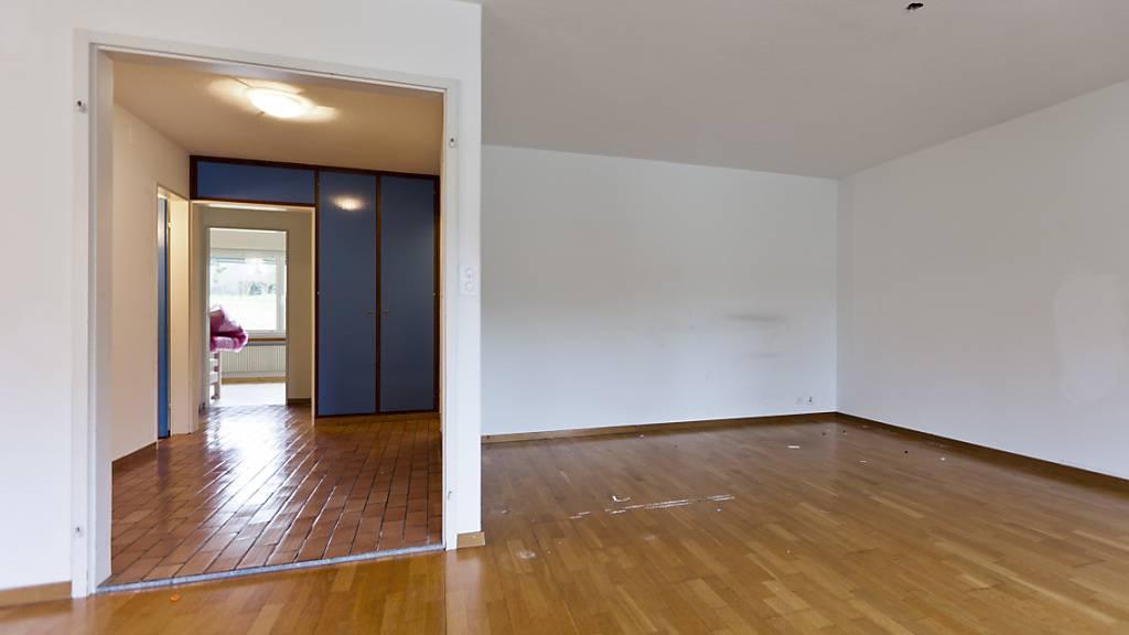 Immer mehr Mietwohnungen stehen leer. Laut Raiffeisen könnte die Kurzzeitvermietung über Airbnb hier Abhilfe schaffen. (Themenbild)
