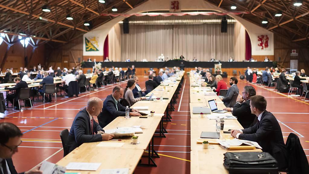 Der Thurgauer Grosse Rat genehmigte an seiner Sitzung in der Festhalle Rüegerholz die Corona-Massnahmen und stockte das Härtefall-Programm für Firmen um 20 Millionen Franken auf. (Archivbild)
