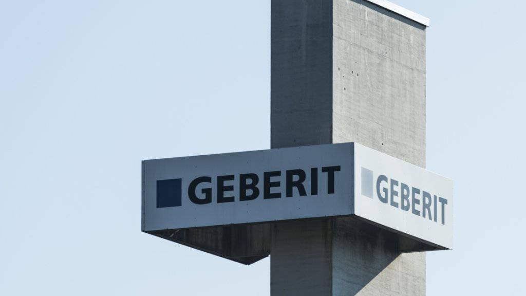 Der Sanitärtechnikkonzern Geberit hat nach der Übernahme des finnischen Badausstatters Sanitec zwar deutlich mehr umgesetzt, aber viel weniger verdient.