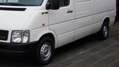Ein Lieferwagenfahrer wurde betrunken und ohne Ausweis in Pratteln angehalten