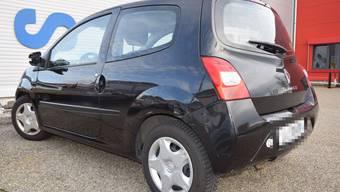 In diesem Renault Twingo verursachte der Abgetrunkene eine Streifkollision.