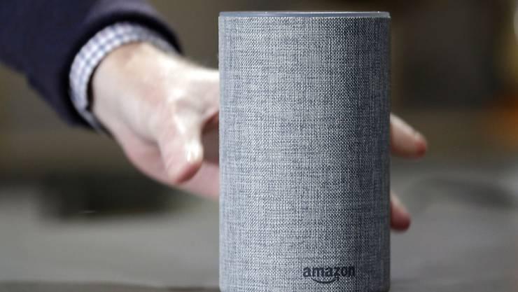 """Mündliche Befehle an einen """"Smart Speaker"""" von Amazon werden unter Umständen von Mitarbeitenden zur Verbesserung  der Spracherkennung abgetippt. (Archivbild)"""