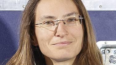 Julia Schmale ist Atmosphärenwissenschafterin am Paul-Scherrer-Institut in Villigen, Aargau – wenn sie nicht gerade auf Forschungsreise ist. An dieser Stelle berichtet sie wöchentlich von der Antarktischen Umrundungsexpedition, bei der sie als eine von mehr als fünfzig Forschenden mitreist.