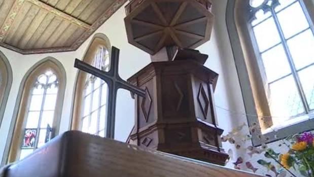 Die Kirchgemeinde Männedorf will mit einem unkonventionellen Inserat einen neuen Pfarrer suchen. (Symbolbild)